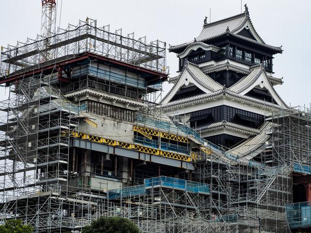 復興中の熊本城(工事中)の写真