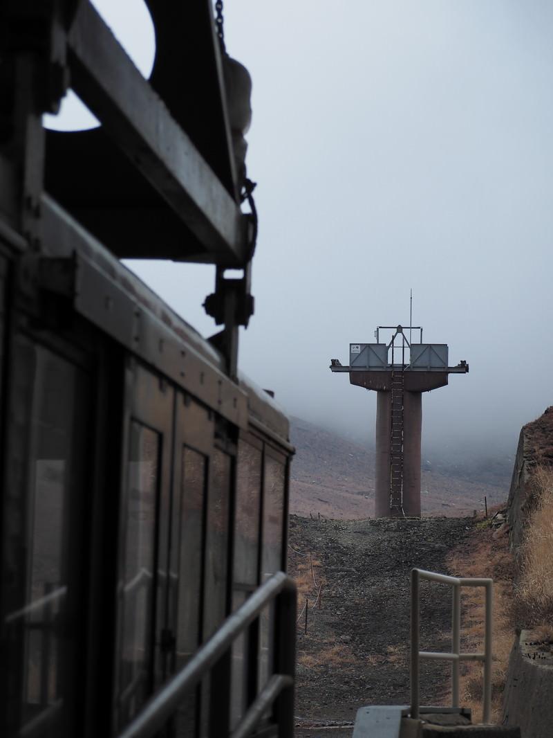 「被災した阿蘇ロープウェイの降車口」の写真
