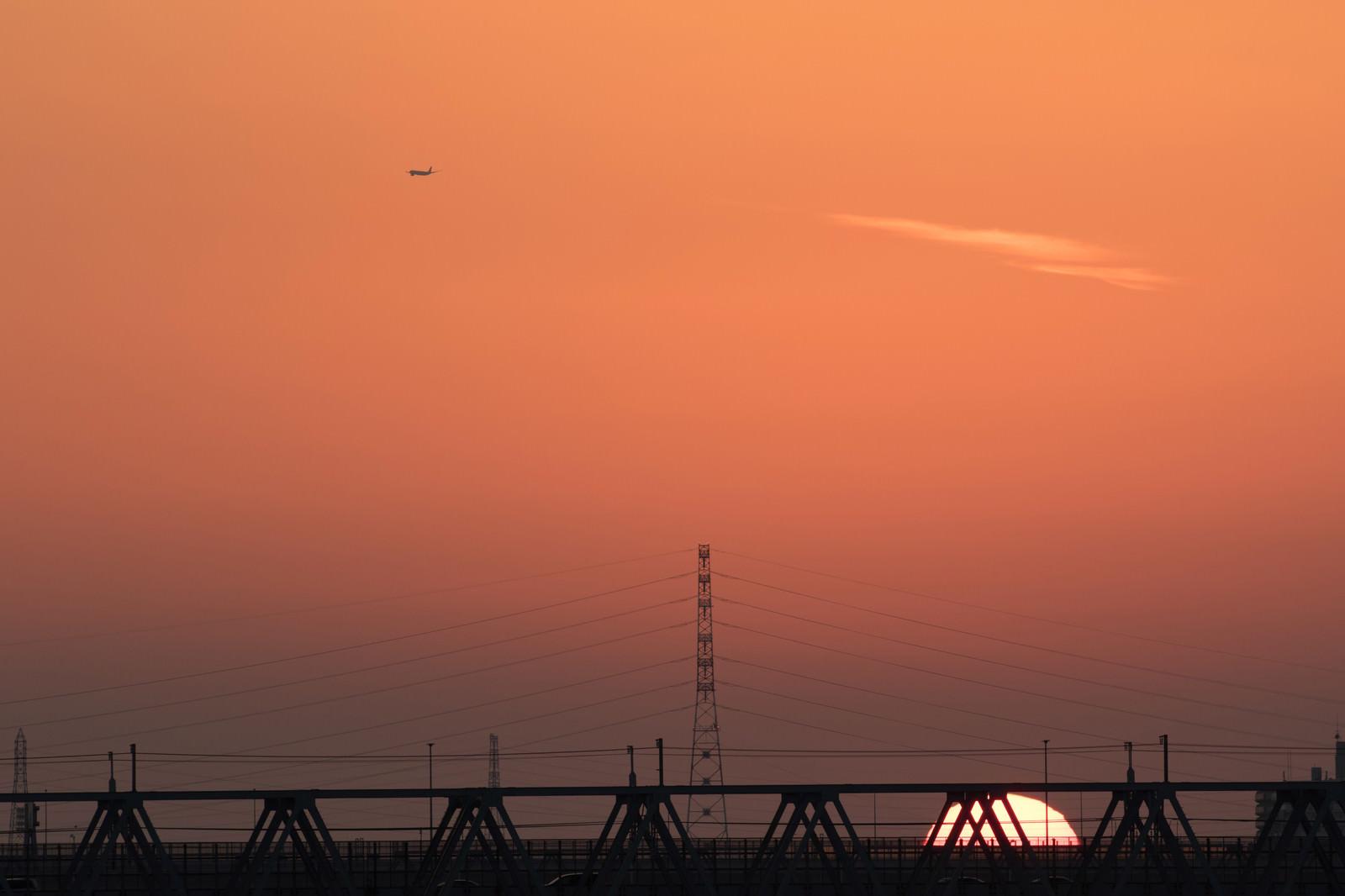 「暮れなずむ夕日」の写真