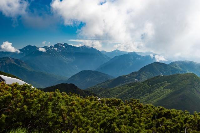 晴れた日の乗鞍新登山道の写真