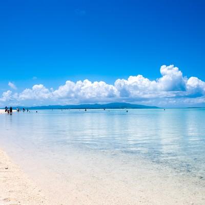 「竹富島のビーチ」の写真素材
