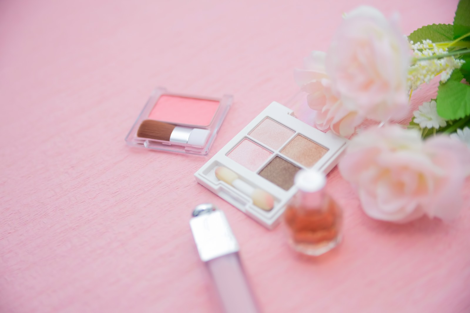 「化粧品セット化粧品セット」のフリー写真素材を拡大