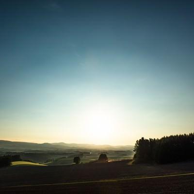 「美瑛の朝靄」の写真素材