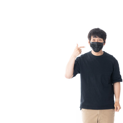 黒マスクってダサいですか?の写真