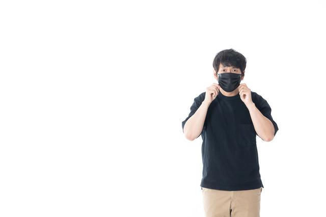 黒マスク男子の写真