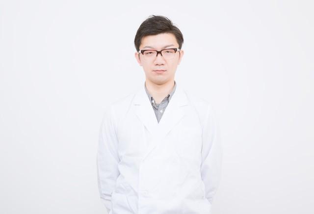 白衣を来たドクターの写真