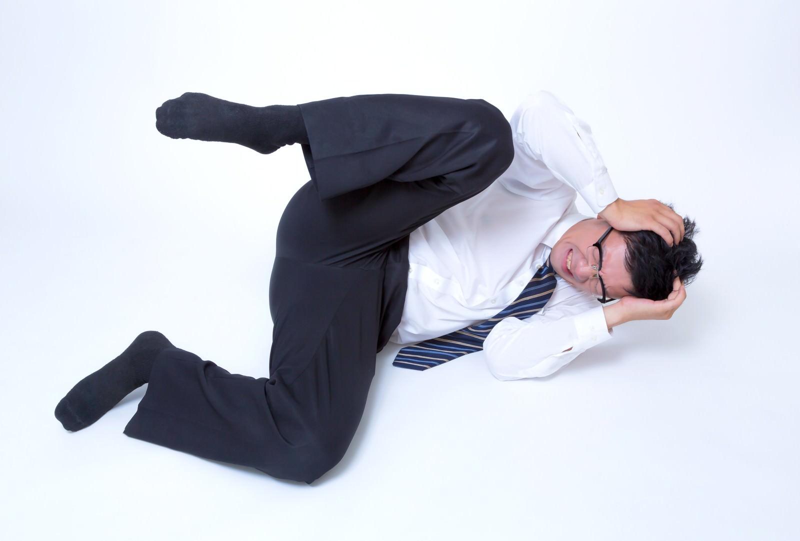 「フリー素材 頭を抱える男性」の画像検索結果