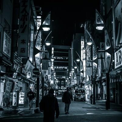 「上野駅の雑踏」の写真素材