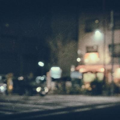 「郊外の飲み屋(夜間)」の写真素材