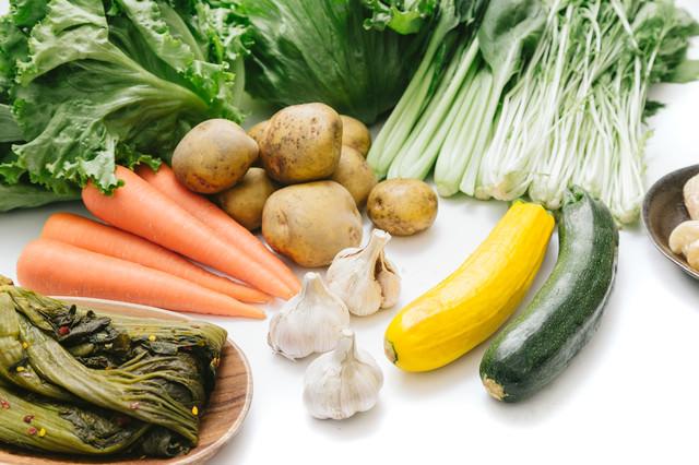大刀洗の採れたて野菜(にんにく、じゃがいもなど)の写真
