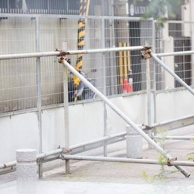 「工事現場の柵」の写真素材