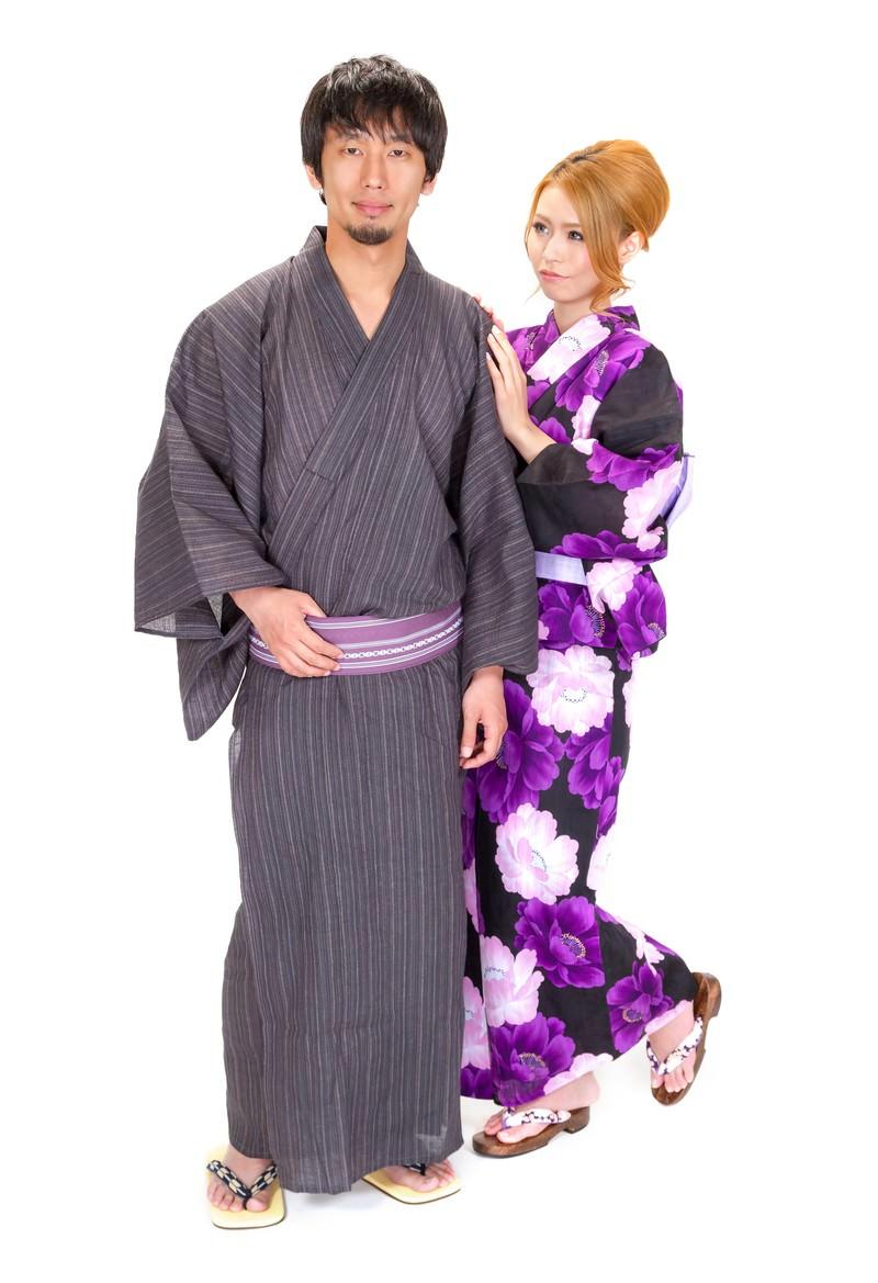 「浴衣を着た男女浴衣を着た男女」[モデル:大川竜弥 吉川明奈]のフリー写真素材を拡大