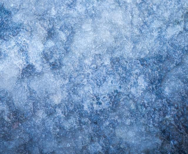 凍った地面の写真