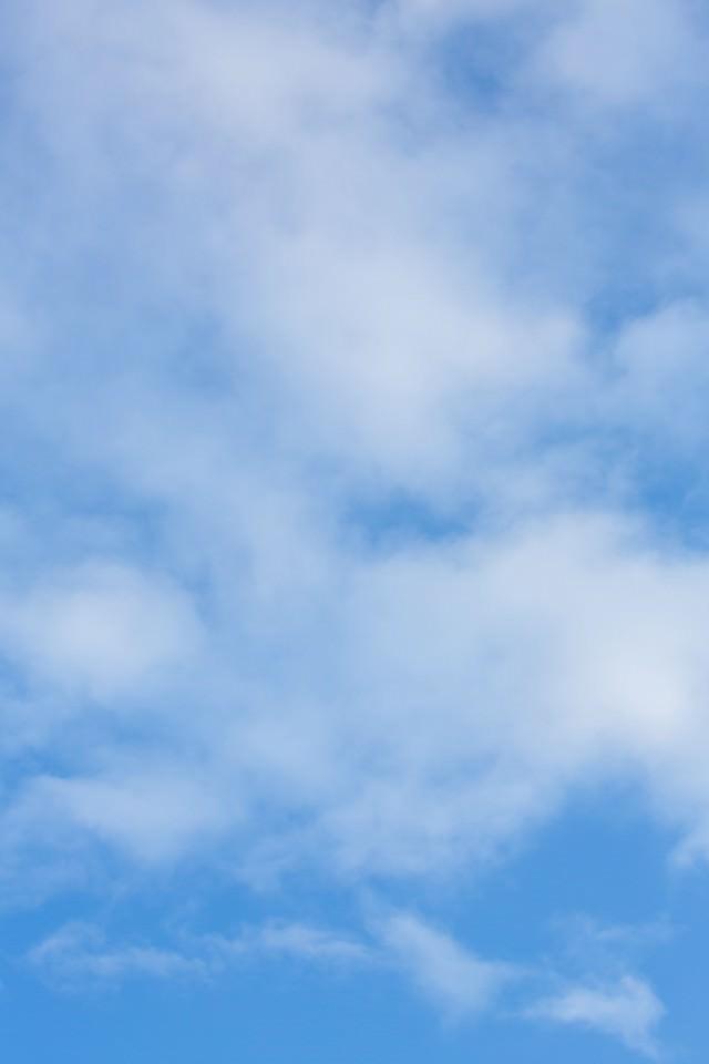 うすい雲の写真