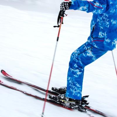 スキーヤーの写真