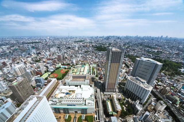 サンシャイン60からスカイツリーや新宿を一望の写真