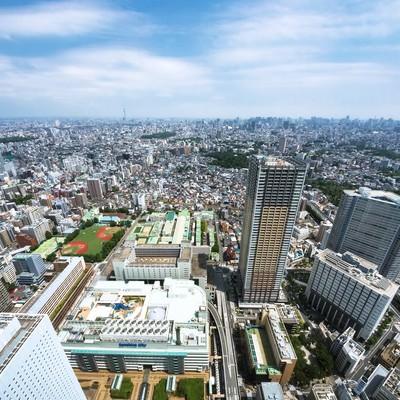 「サンシャイン60からスカイツリーや新宿を一望」の写真素材
