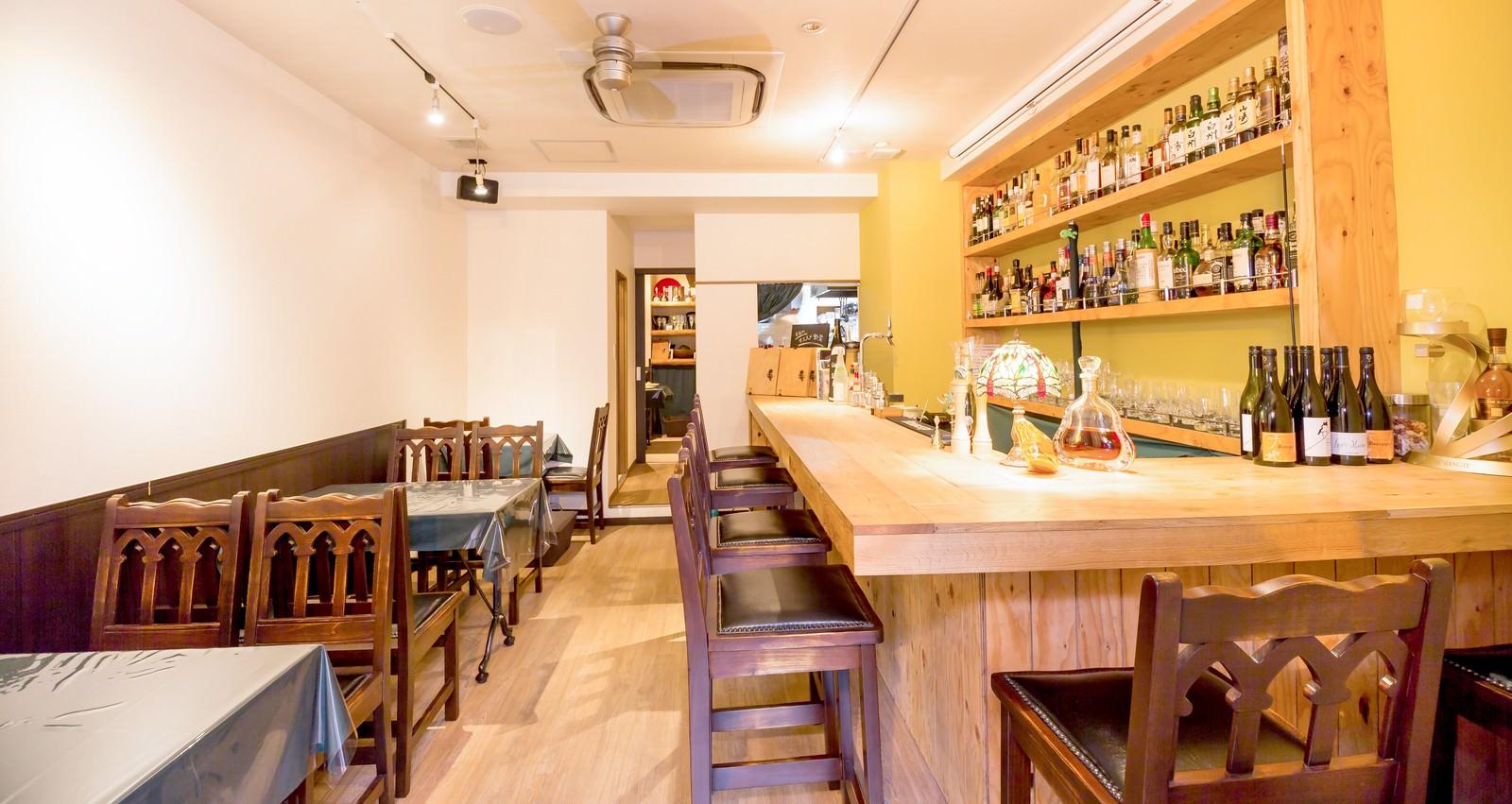 「オーガニック料理とりのすの店内」の写真