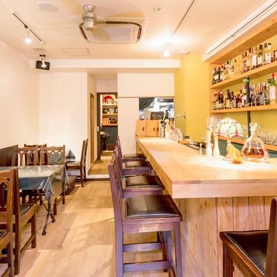 「オーガニック料理とりのすの店内」の写真素材