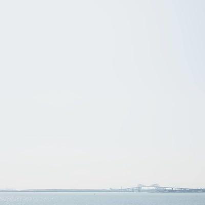 「遠くに見える東京ゲートブリッジ」の写真素材