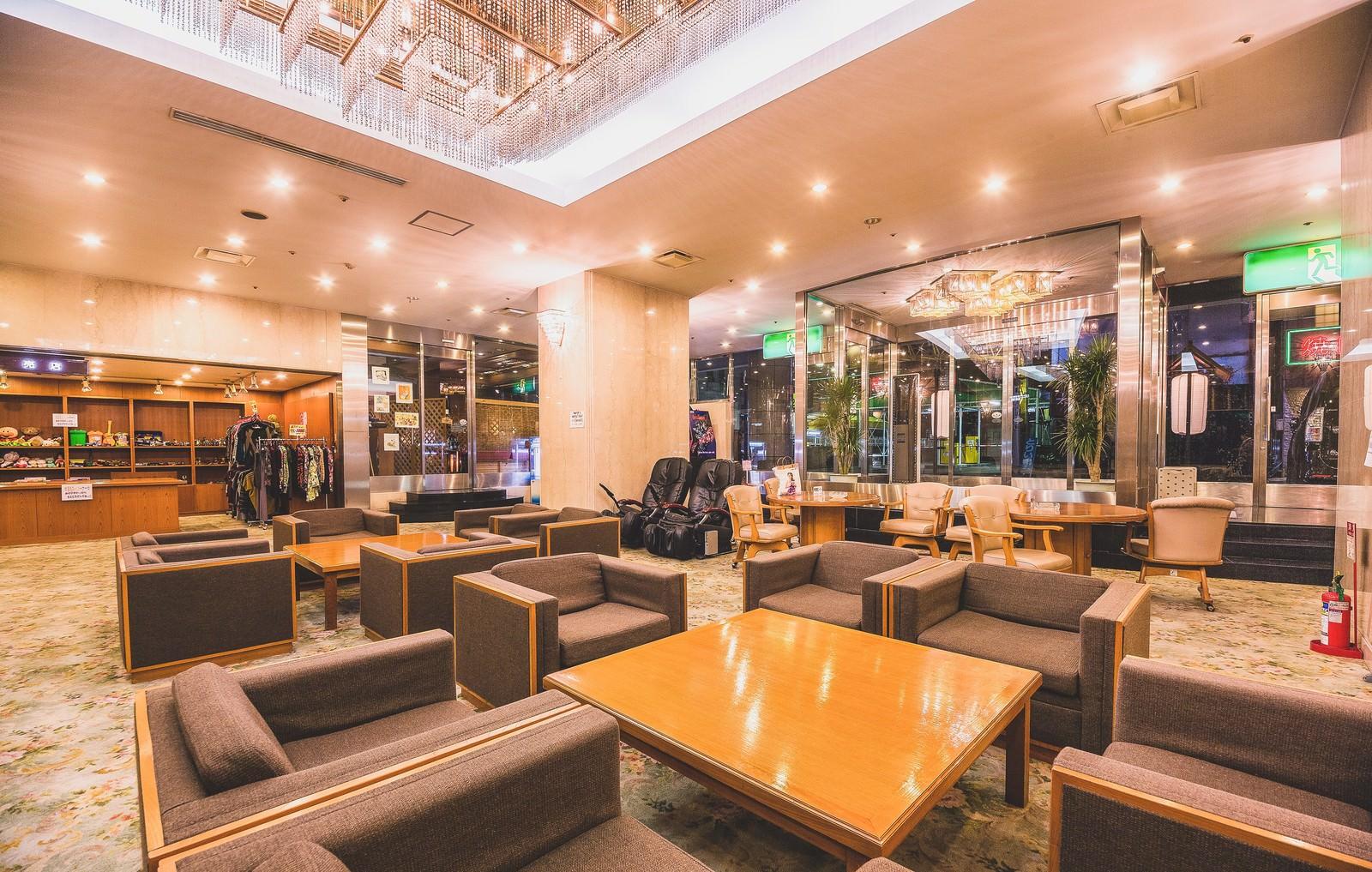 「ホテルの待ち合わせ用ロビーホテルの待ち合わせ用ロビー」のフリー写真素材を拡大
