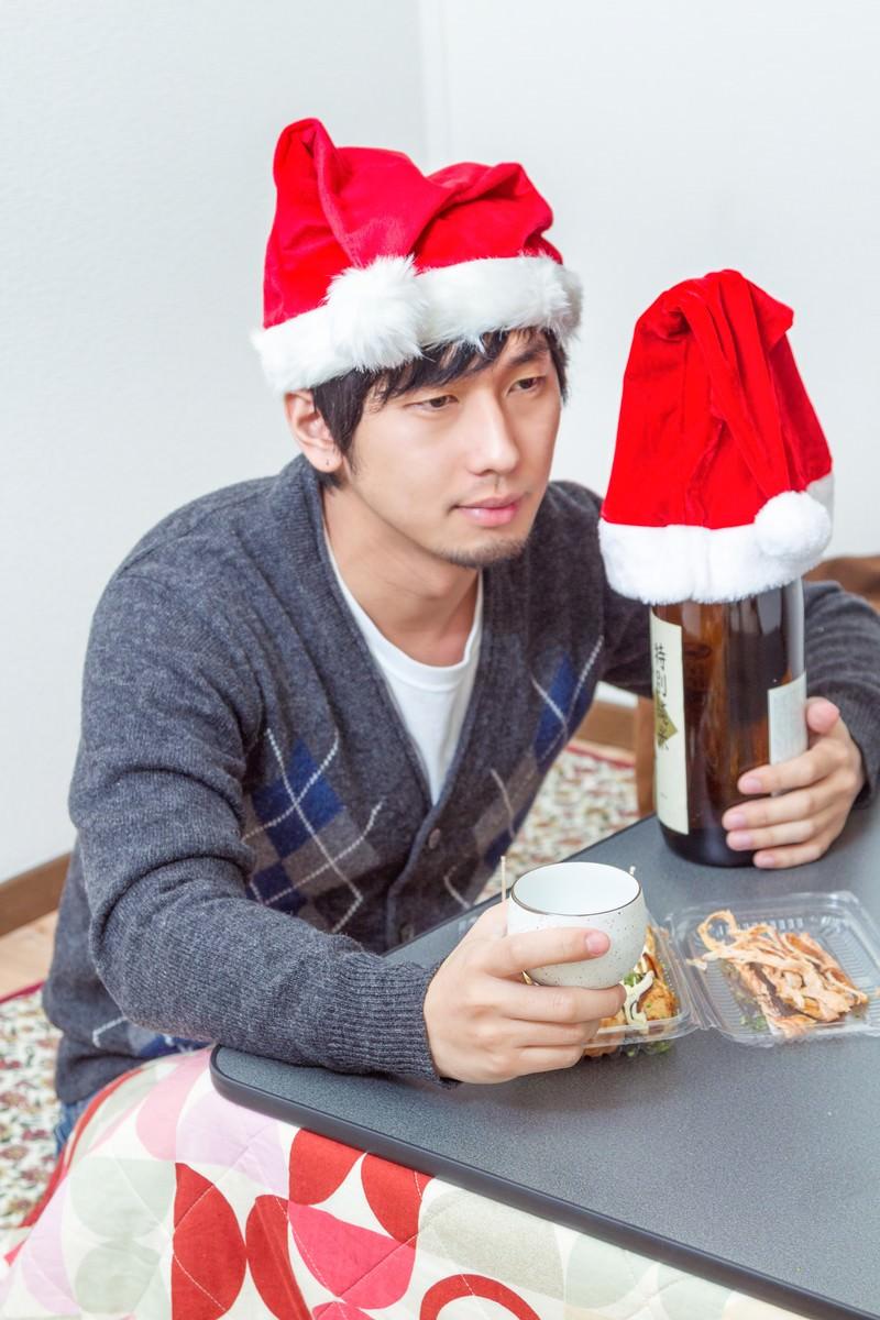 「独りきりのクリスマス・イヴ」の写真[モデル:大川竜弥]