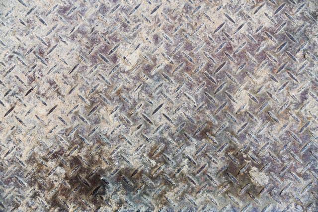 汚れて錆びた鉄の足場(テクスチャー)の写真