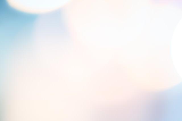 「淡い光のボケ」のフリー写真素材