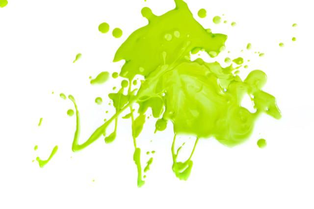 ガチエリアに飛び散った緑色のペンキの写真
