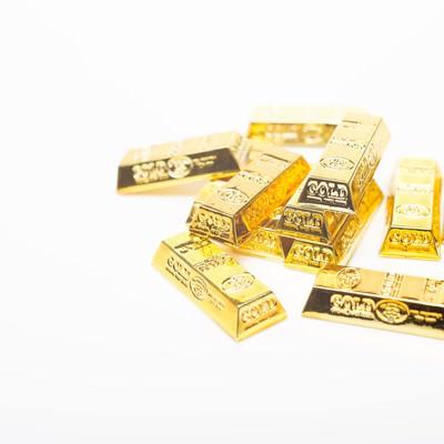 「散らばった金塊(ゴールド)」の写真素材
