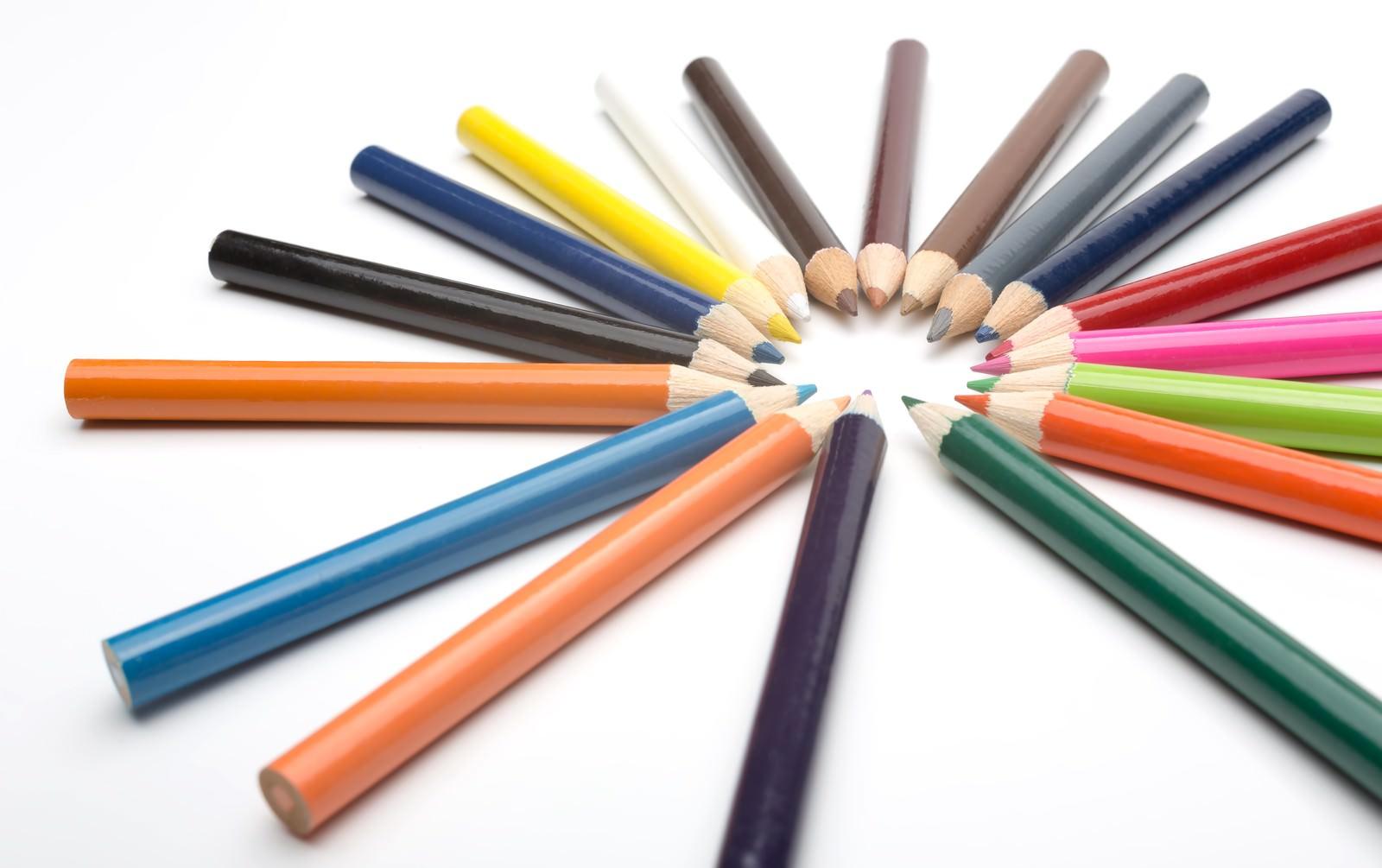 「カラフルな色鉛筆」の写真