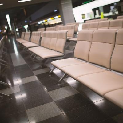 「空港の椅子」の写真素材