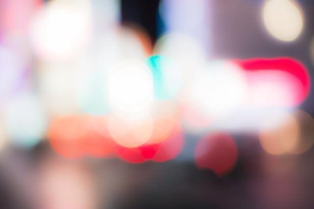 繁華街の光の写真