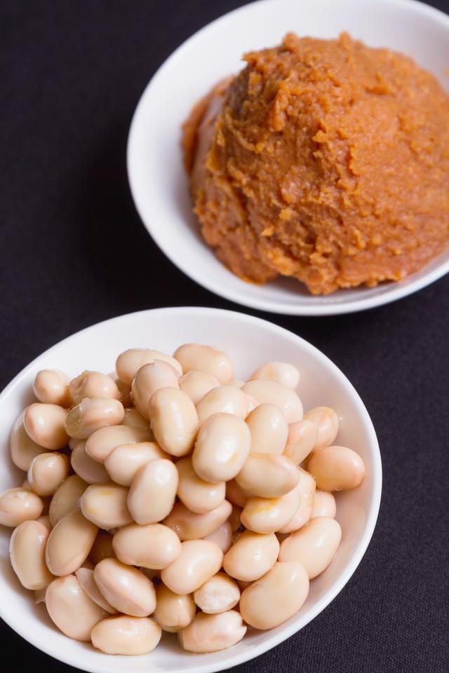 味噌と豆の写真