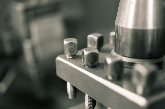 汎用旋盤のバイト台の写真