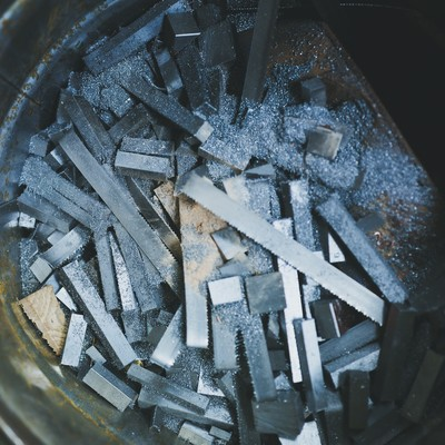 鉄シャンクの廃棄物の写真