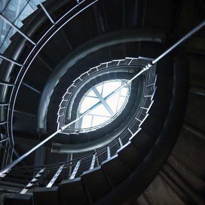ぐるぐる螺旋階段の写真