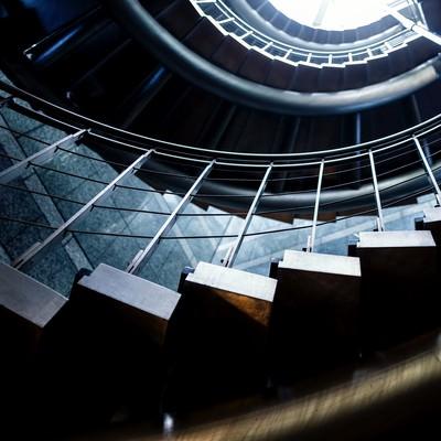 「螺旋階段」の写真素材
