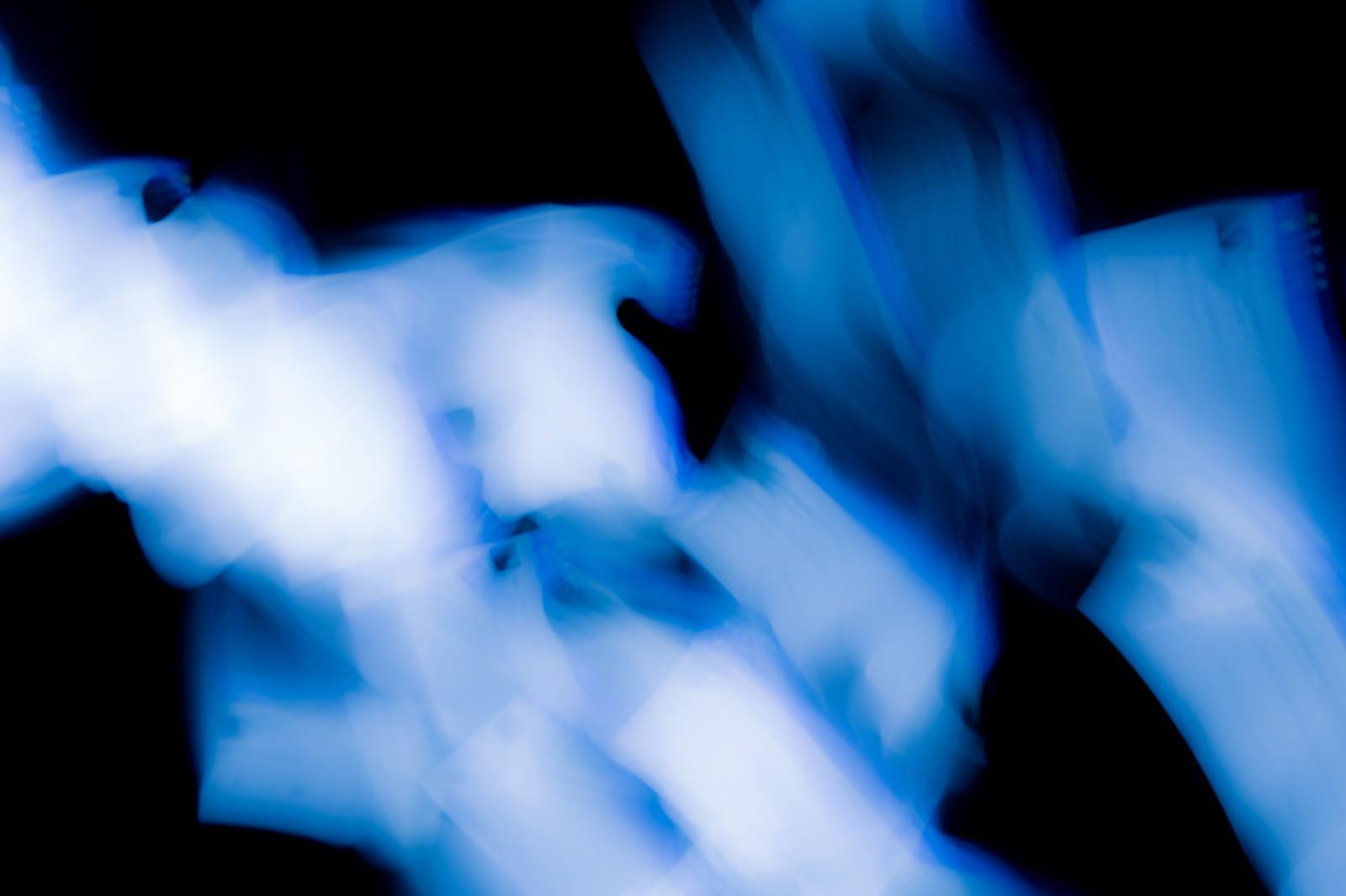 「繋がる四角い光」の写真