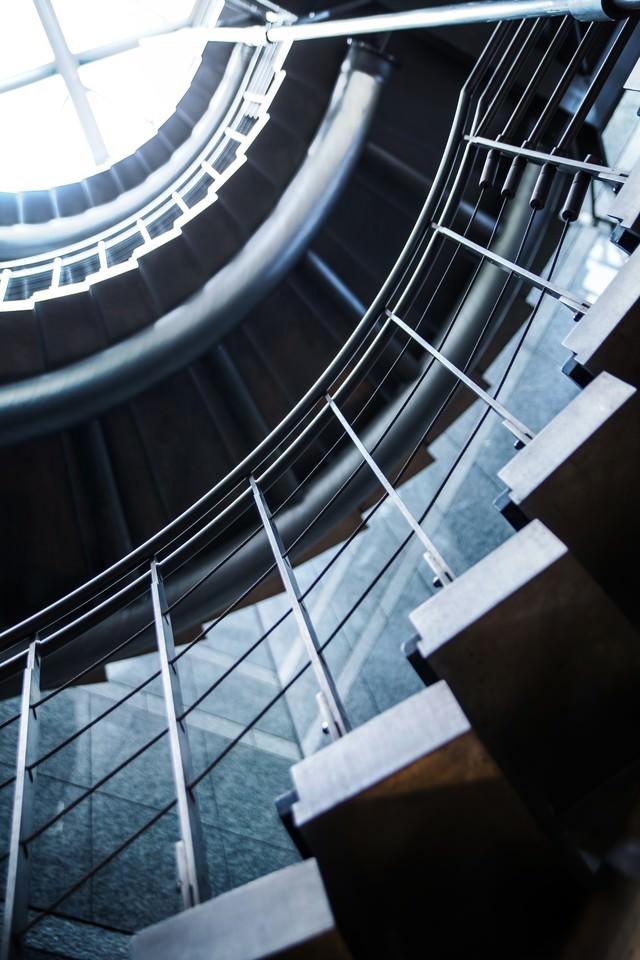 人生ぐるぐる螺旋階段の写真