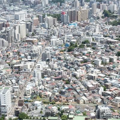 「市街地を見下ろす」の写真素材