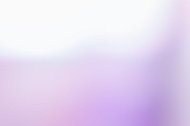 紫色の光の写真