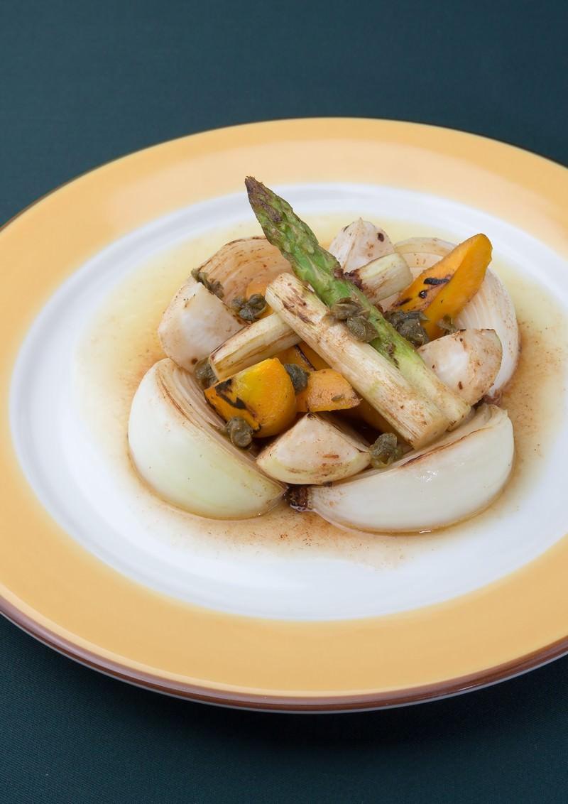「本日野菜のロースト、焦がしバターソース」の写真
