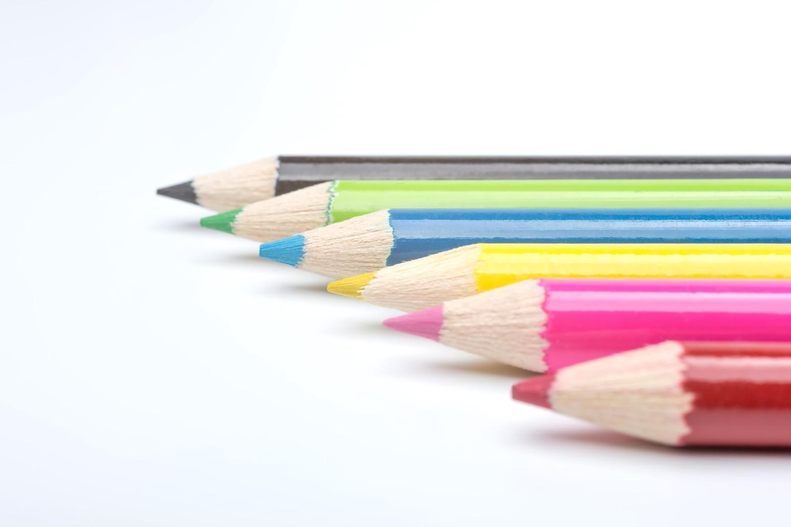 「カラフル色鉛筆カラフル色鉛筆」のフリー写真素材を拡大