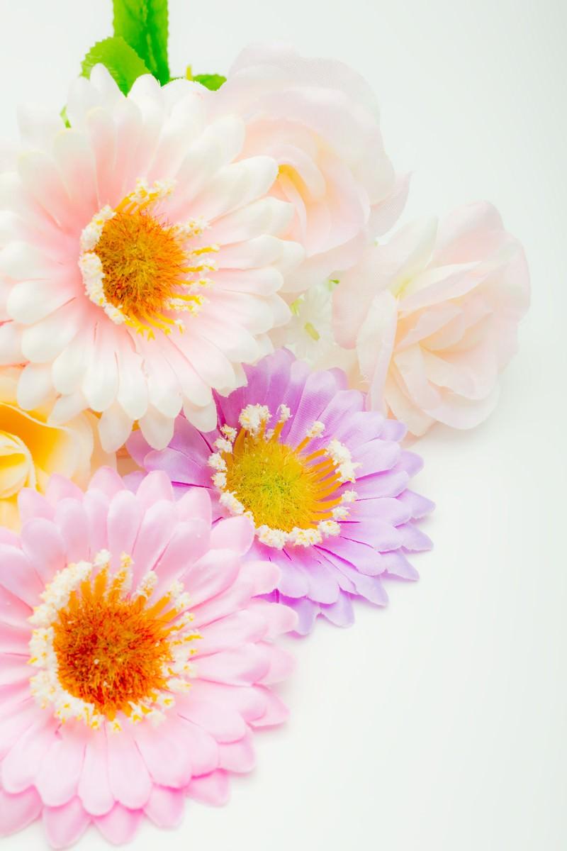「プレゼント用の造花」の写真