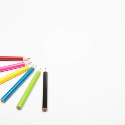 「色鉛筆とホワイトスペース」の写真素材