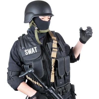 「ショットガン(Shotgun)のハンドサイン」の写真素材