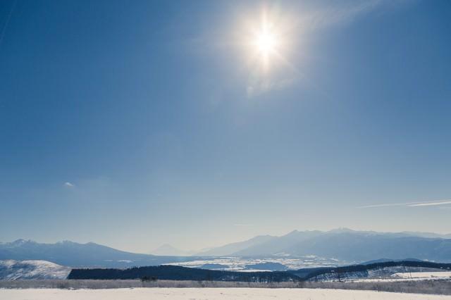 雪山からの風景の写真