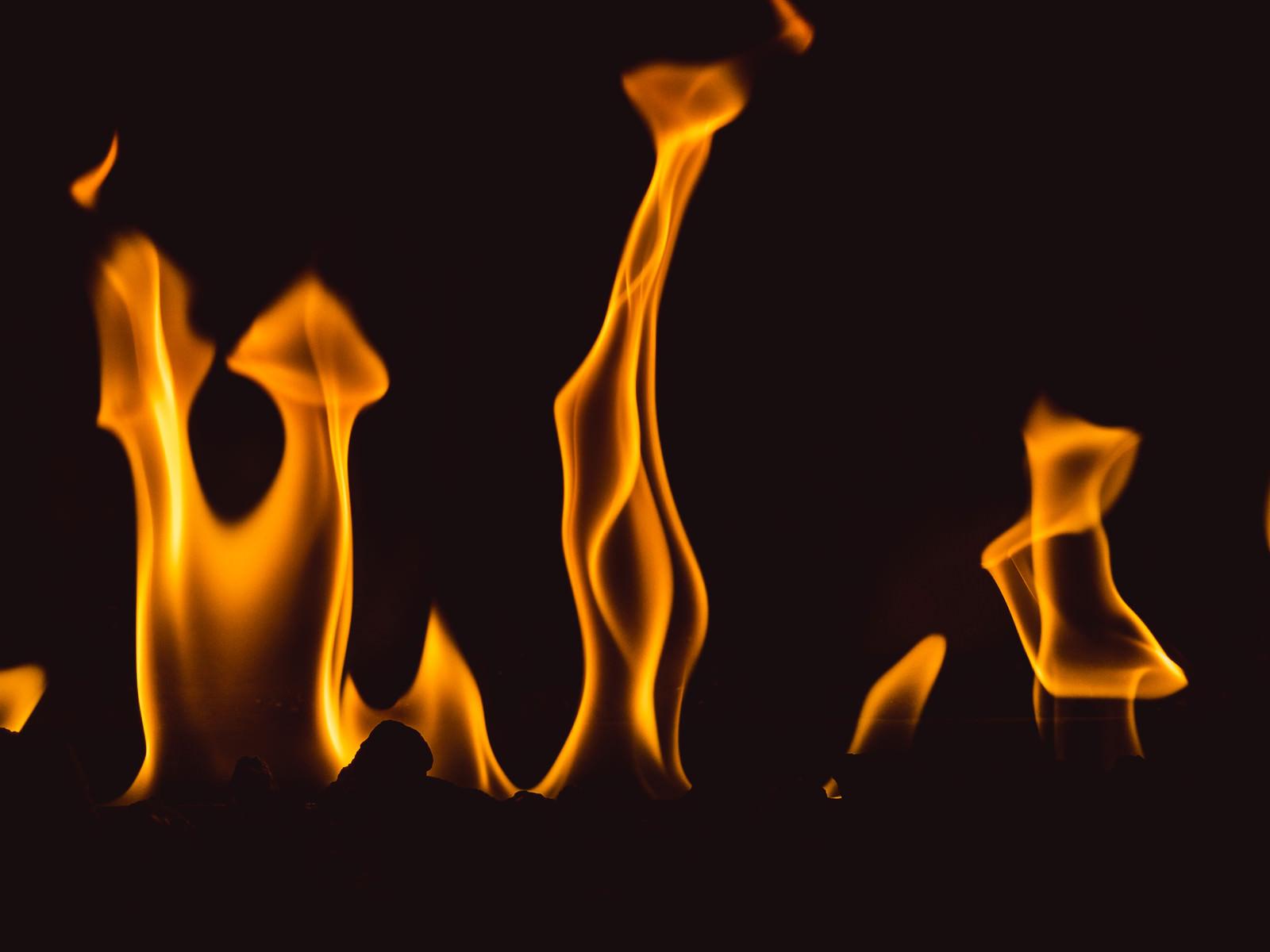 「メラメラ(炎)」の写真
