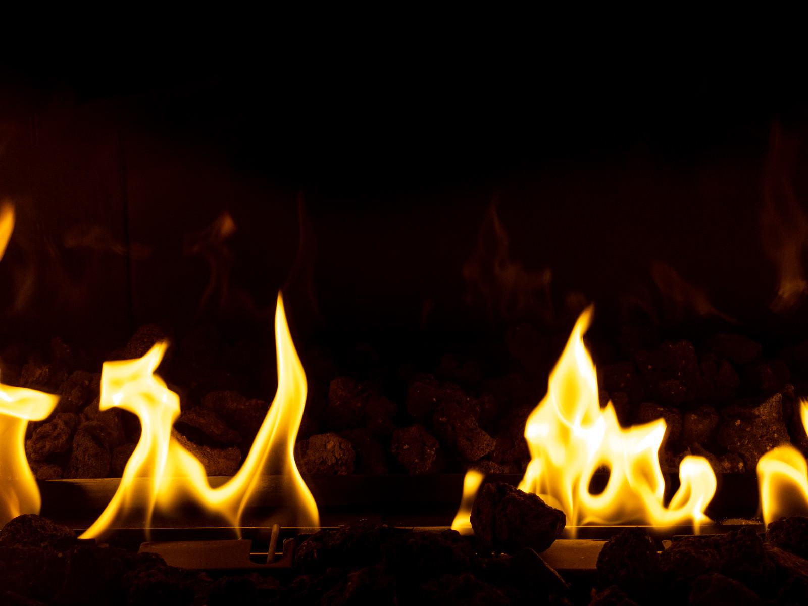 「メラメラ燃える炎」の写真